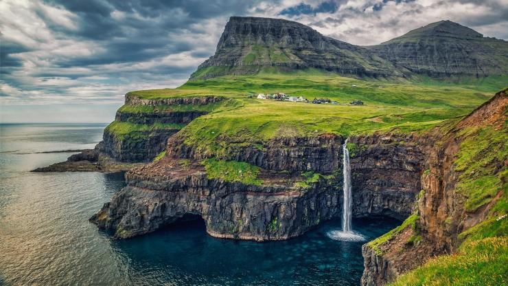 The-Faroe-Islands.-Photo-by-Kim-S.-Broke-740x416