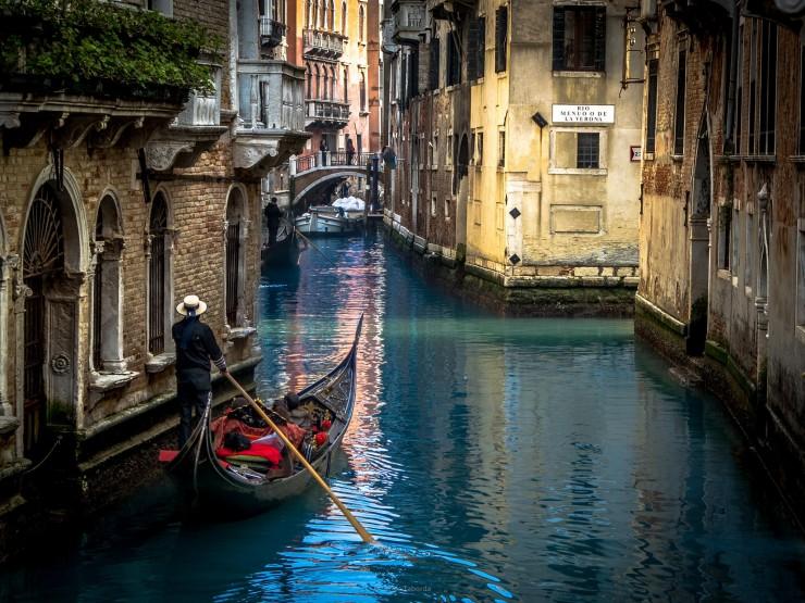 Venice-Italy-by-Carlos-Taborda-740x555